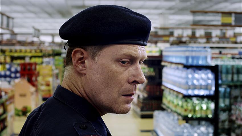 OneOfUs_Polizist_Werner_Supermarkt